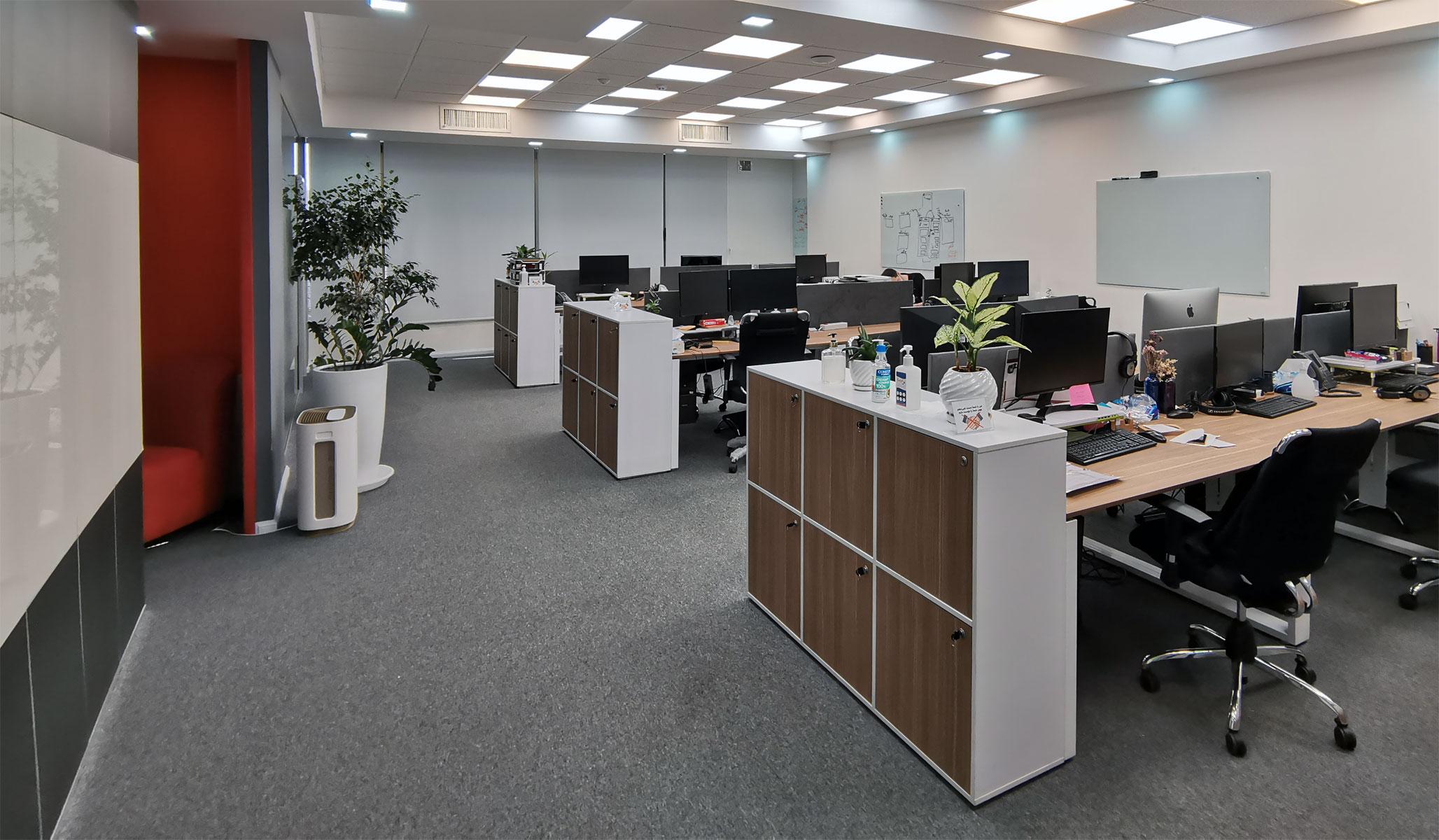 دفتر کار رایان پی